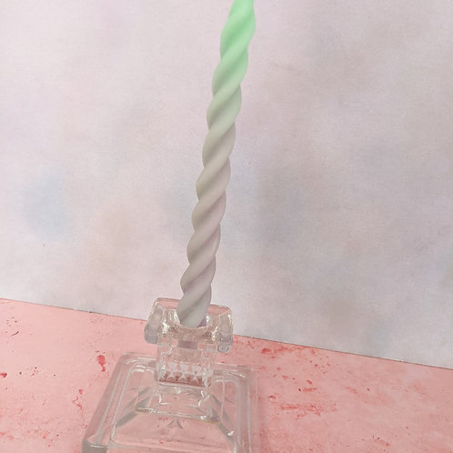Cubic Candlestick (1 Available)