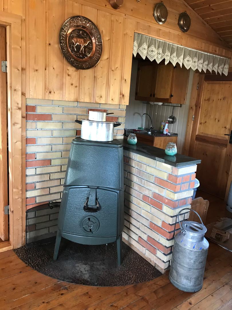 Ved ovn, som varmer veldig godt