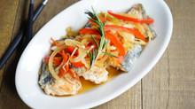 鮭と野菜のマリネ ローズマリー風味