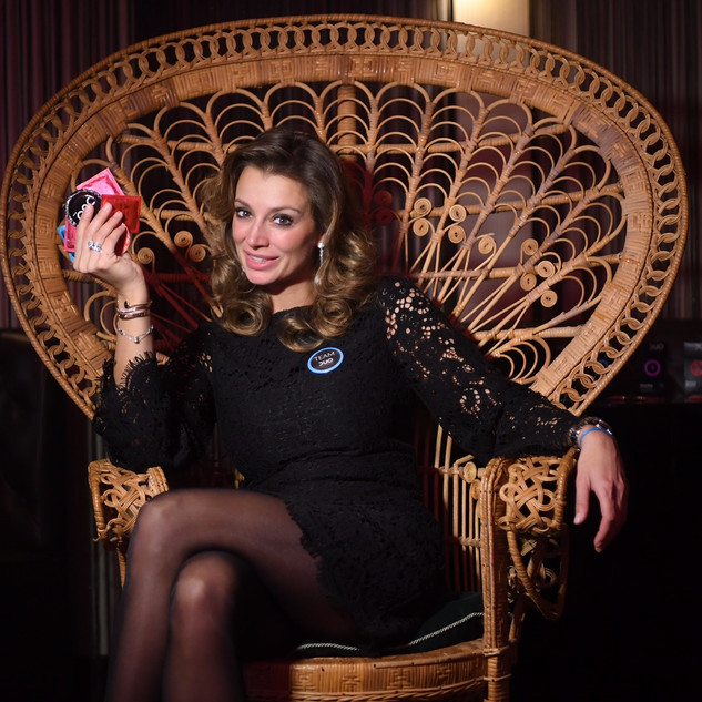 A new condom brand…that should be celebrated with a bang! For the presentation of Duo condoms, Interel Plus held a sexy launch party in le Hotel Berger - with a mysterious yet classy black touch, just like the Duo brand itself.