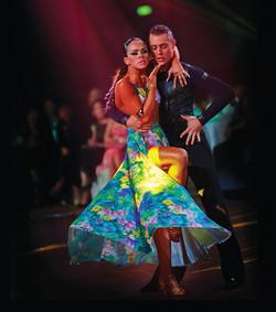 samba salsa bachata dance class