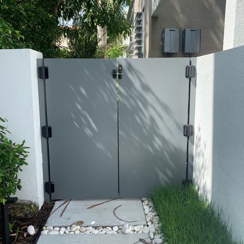 Aluminium Pedestrian Door 41