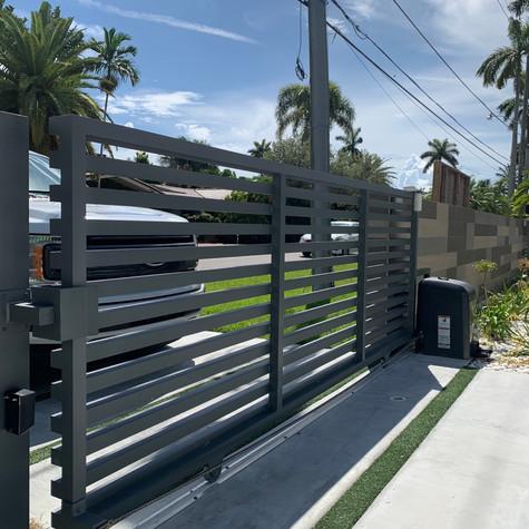 Aluminium Slide Mode Gate 31