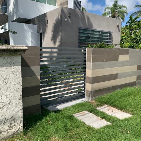 Aluminium Slide Mode Gate37