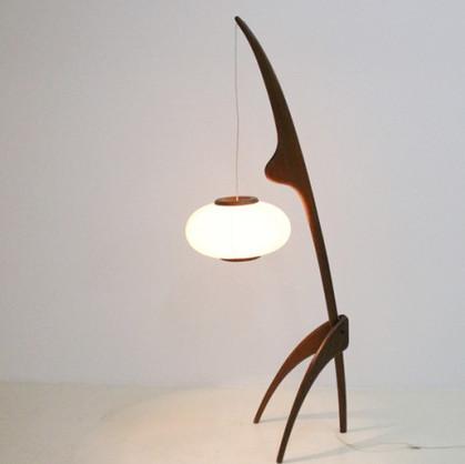 lampe mante religieuse