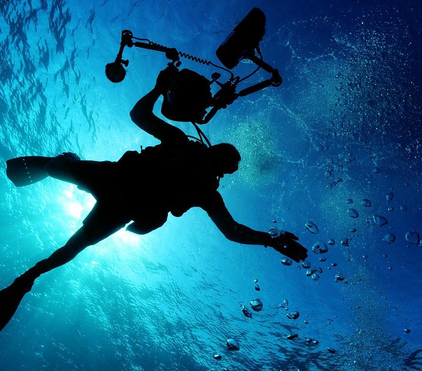 plonger dans un lagon