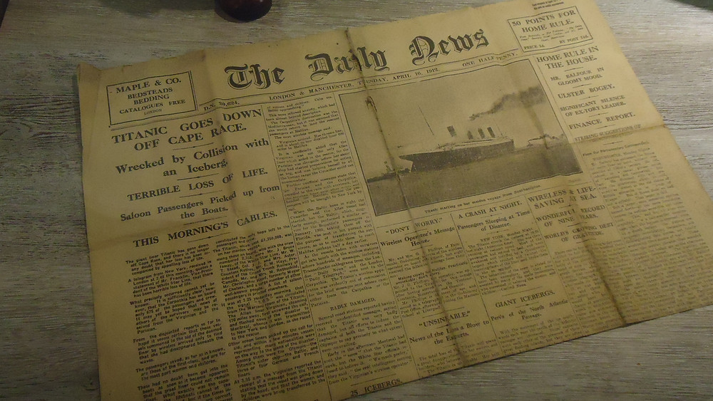 Jornal original do dia em que o Titanic afundou