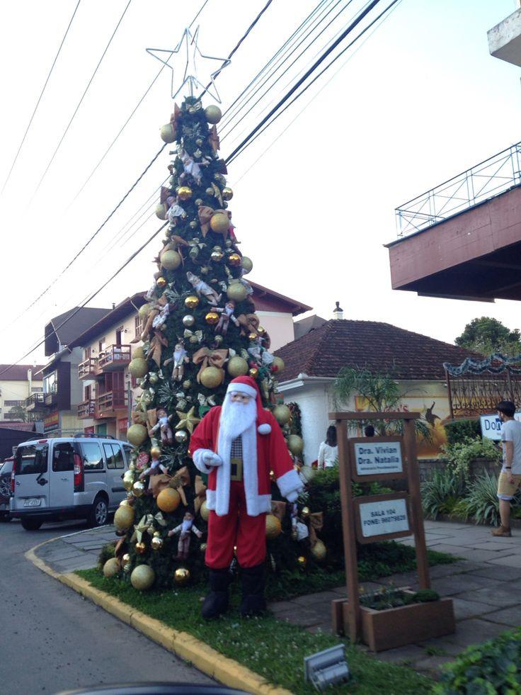 Decoração de natal nas ruas de Canela RS