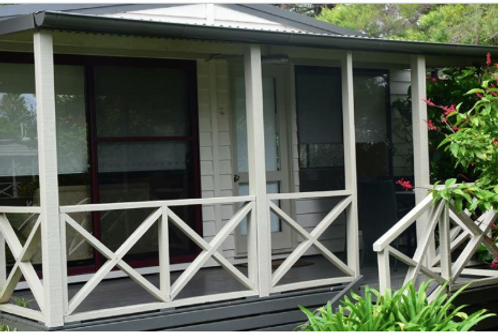 Lakeside - Avalon Cabins SIC Team Accommodation