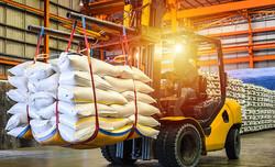 Dealers and retailers of handling equipment