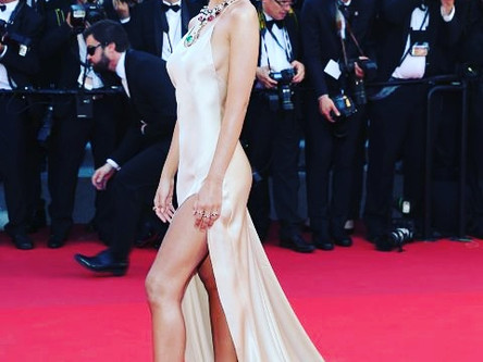 Images from #RedCarpet #CannesFilmFestival! We💗these gorgeous looks & jewels!!!💍💎