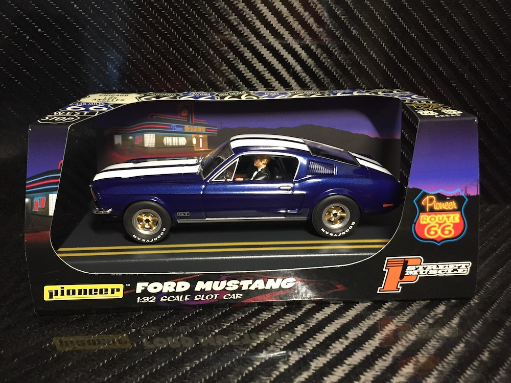 P055 Midnight Blue Route 66 Mustang