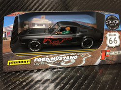 P064 Mustang GT STEALTH - Red Pony