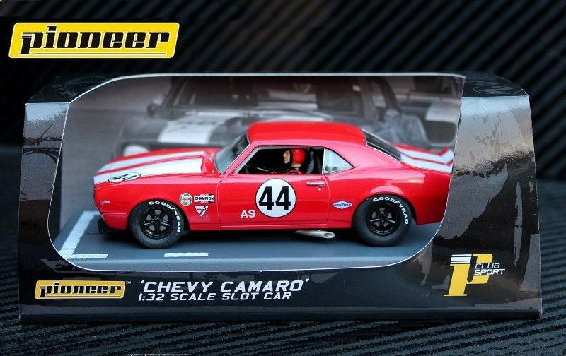 P033 '68 Chevrolet Camaro Z-28 #44
