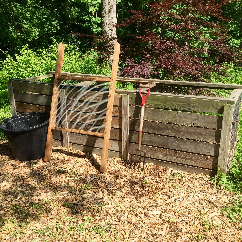 Mad botanist's compost setup