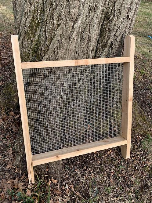 Compost/Soil Sifter for Wheelbarrow