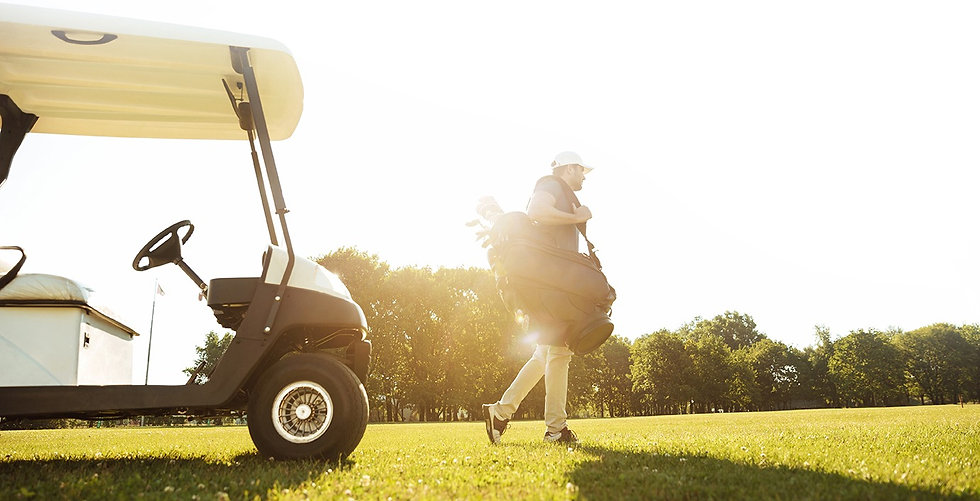 male-golfer-walking-with-golf-bag_72_whi