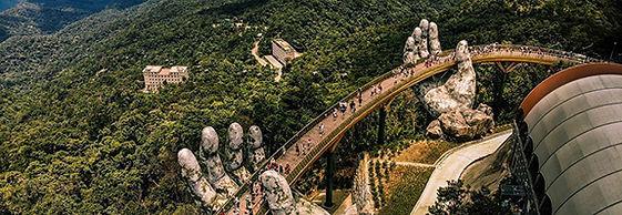 Da-Nang-Golden-Bridge-in-Vietnam.jpg