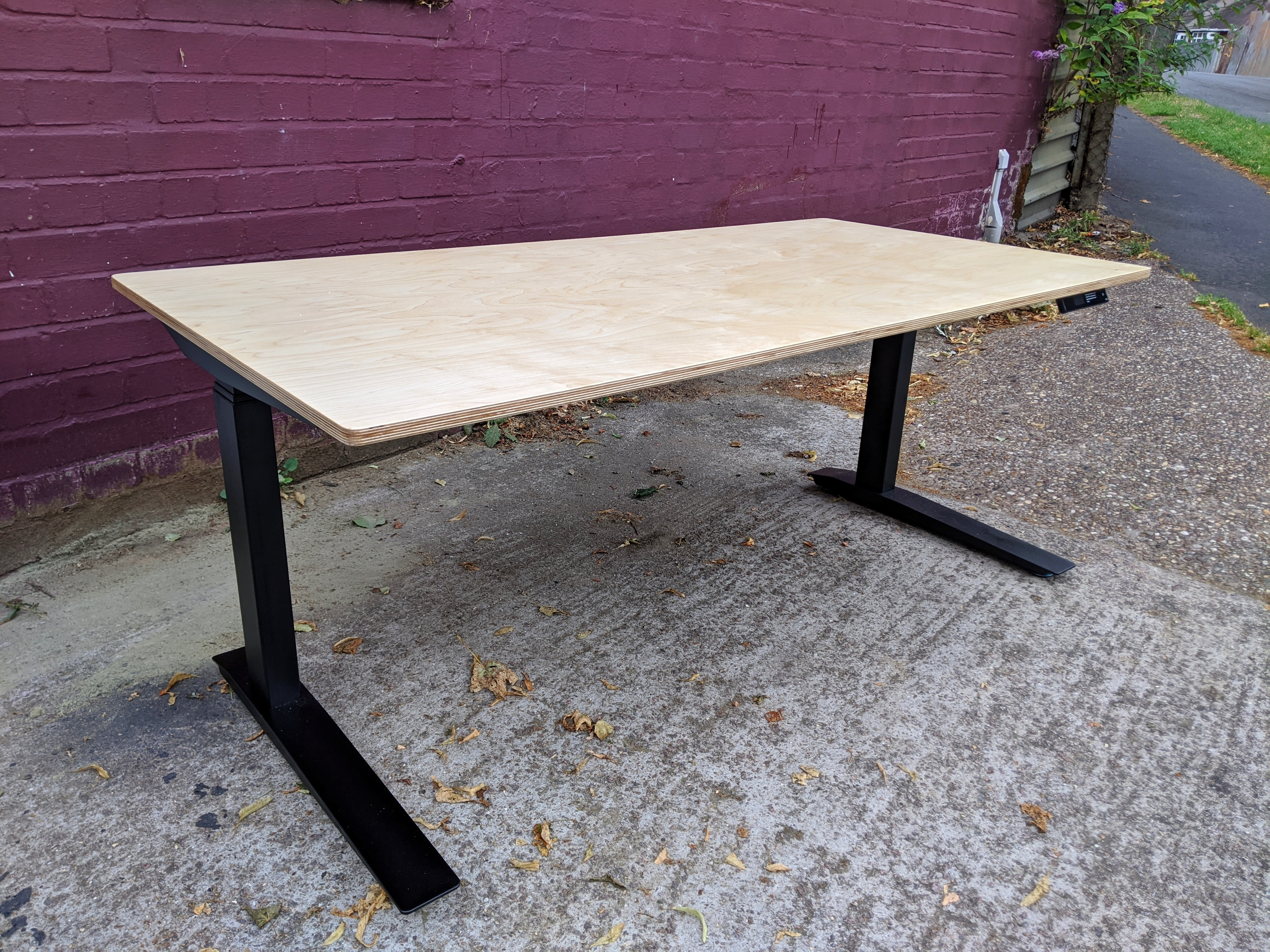 Home office desk in Birch Plywood with J
