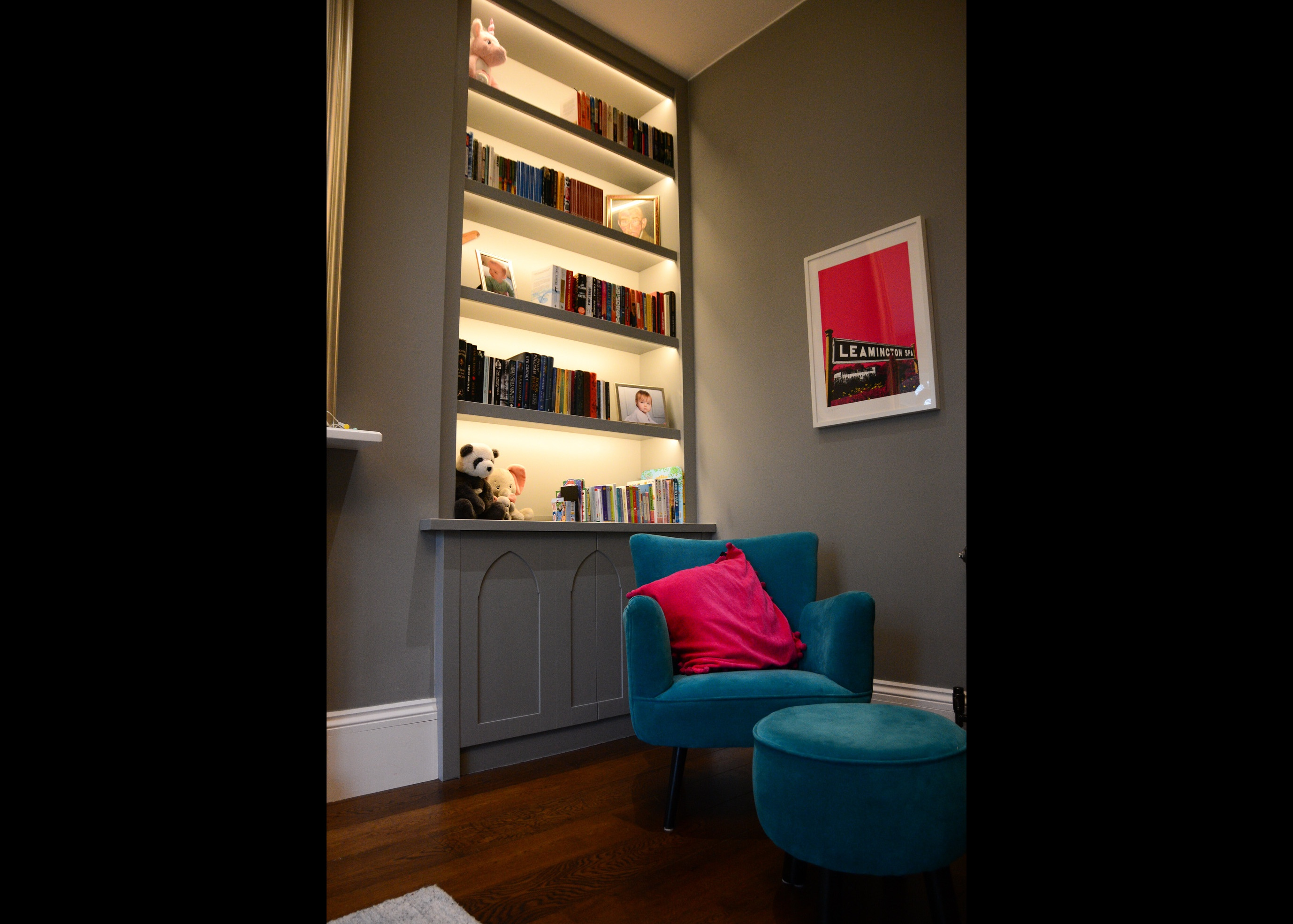 Alcove cabinets with arched doors and li