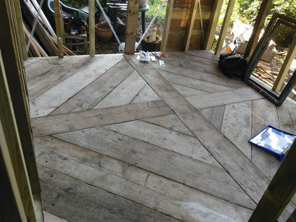 Floor compress