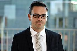 Daniel Feyler - Experte für Customer Experience bei Versicherern und Banken