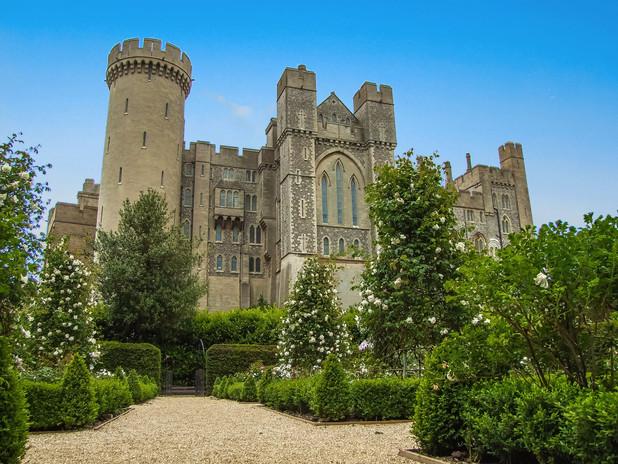 arundel-castle-1160451_1920.jpg