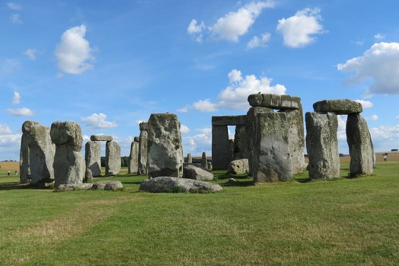 stonehenge_1.jpg