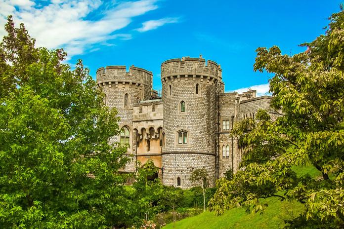 arundel-castle-891687_1920.jpg