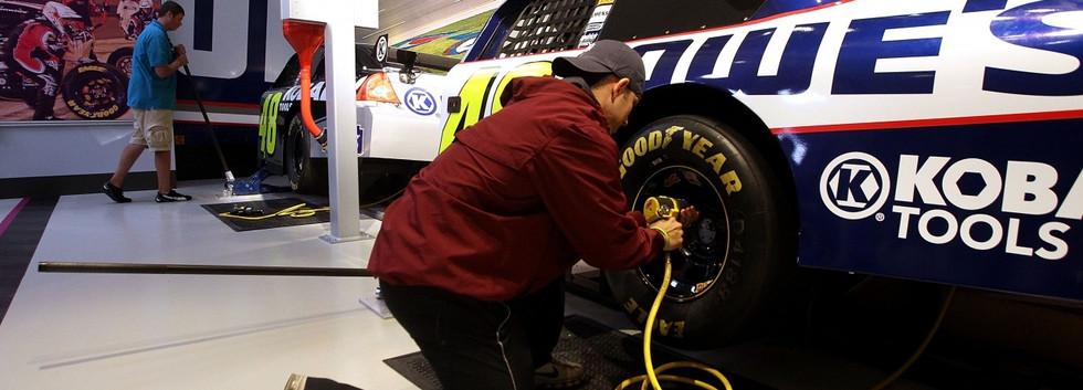 NASCAR Hall of Fame Race Week Pit Challenge