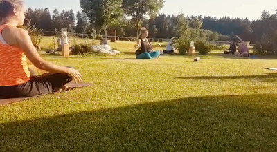 Hussnhof Yoga Sommer 20