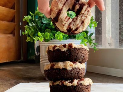 Float Creamy Root-Beer Brownie Donuts (Keto & Paleo)