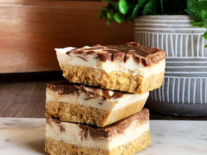 Chocolate Hazelnut Macaroon Cheesecake (Low Carb & Gluten Free)