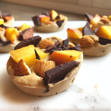 Tahini Peaches Vanilla Pies (Vegan, Gluten Free, Keto)