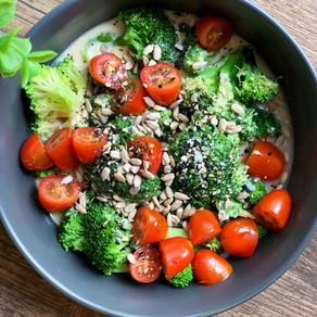 Creamy Hummus Broccoli Salad (Vegan & Low Carb)