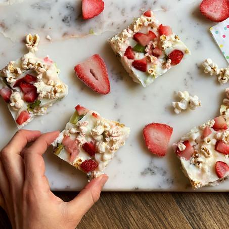 Tropical Popcorn Freezer Bark Bars (Vegan & Low Carb)