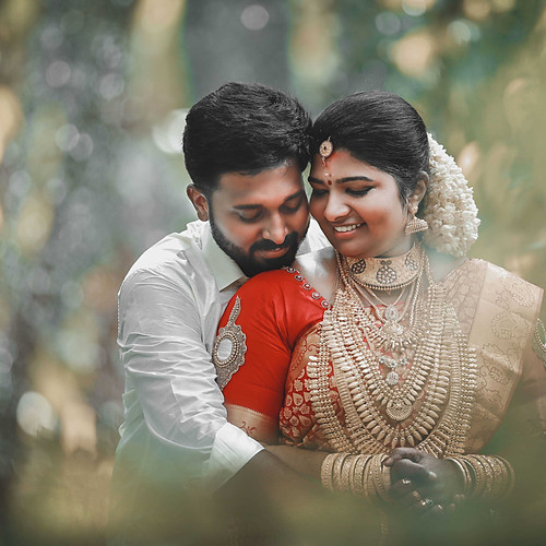 Syam-Karthika-Wedding
