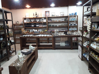 Greek bio and traditional products in Dionisiou Beach!
