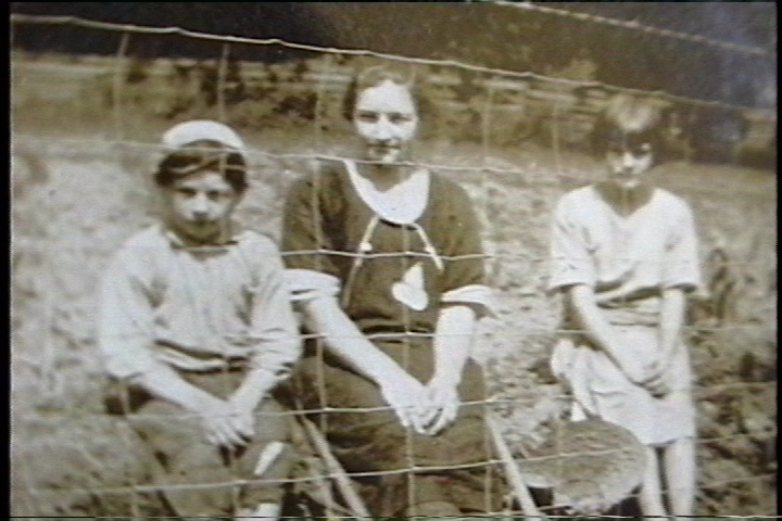 Guy, Jeanette, Melda