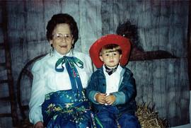 grannie and spencer western reunion 001.