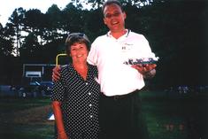 Janet & Randy @ auction.tif