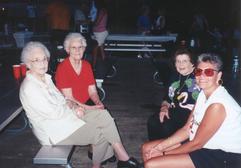 Jeanette, katherine, Opal, & Lisa.tif