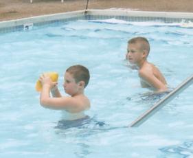 Ryan & Clay in pool.tif