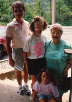 Gary, Jennifer, Melissa, & LeEttie.tif