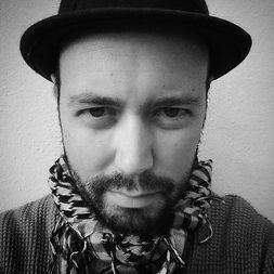 jose-ruiz-anagaru-escritor-cineasta-foto