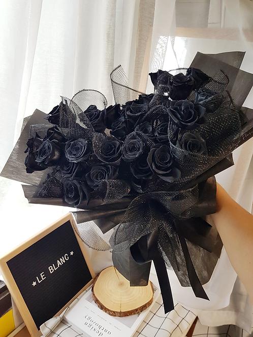 Midnight Black (33 Roses)