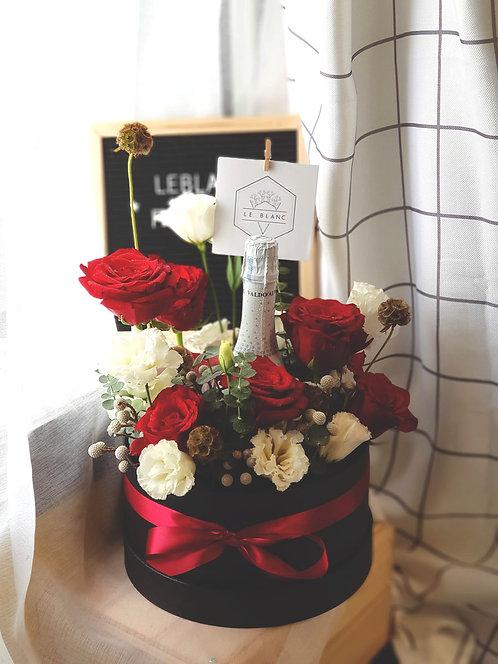 BLANC Wine Bloom Box