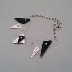 Trimax necklace