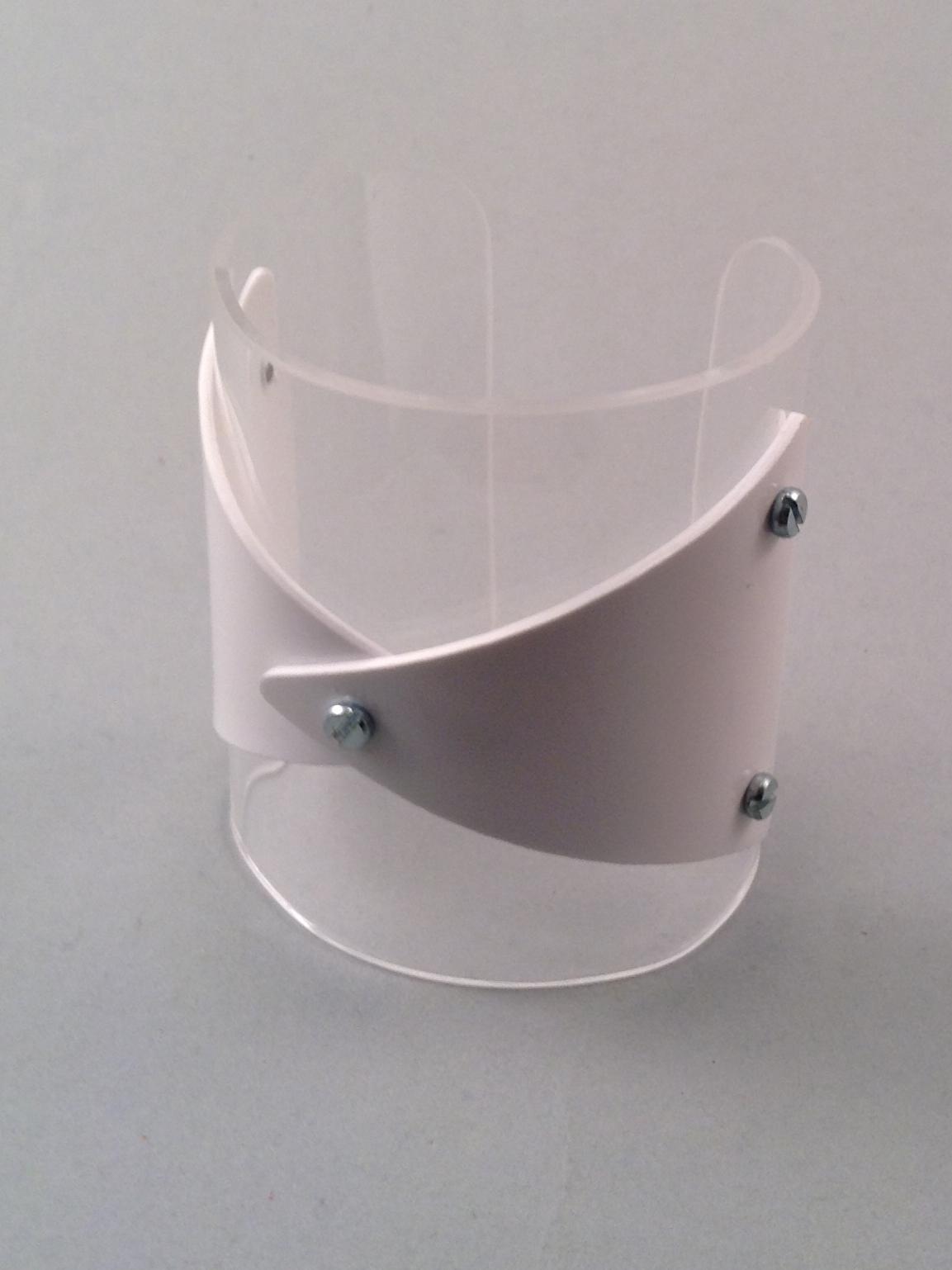 White founded bracelet