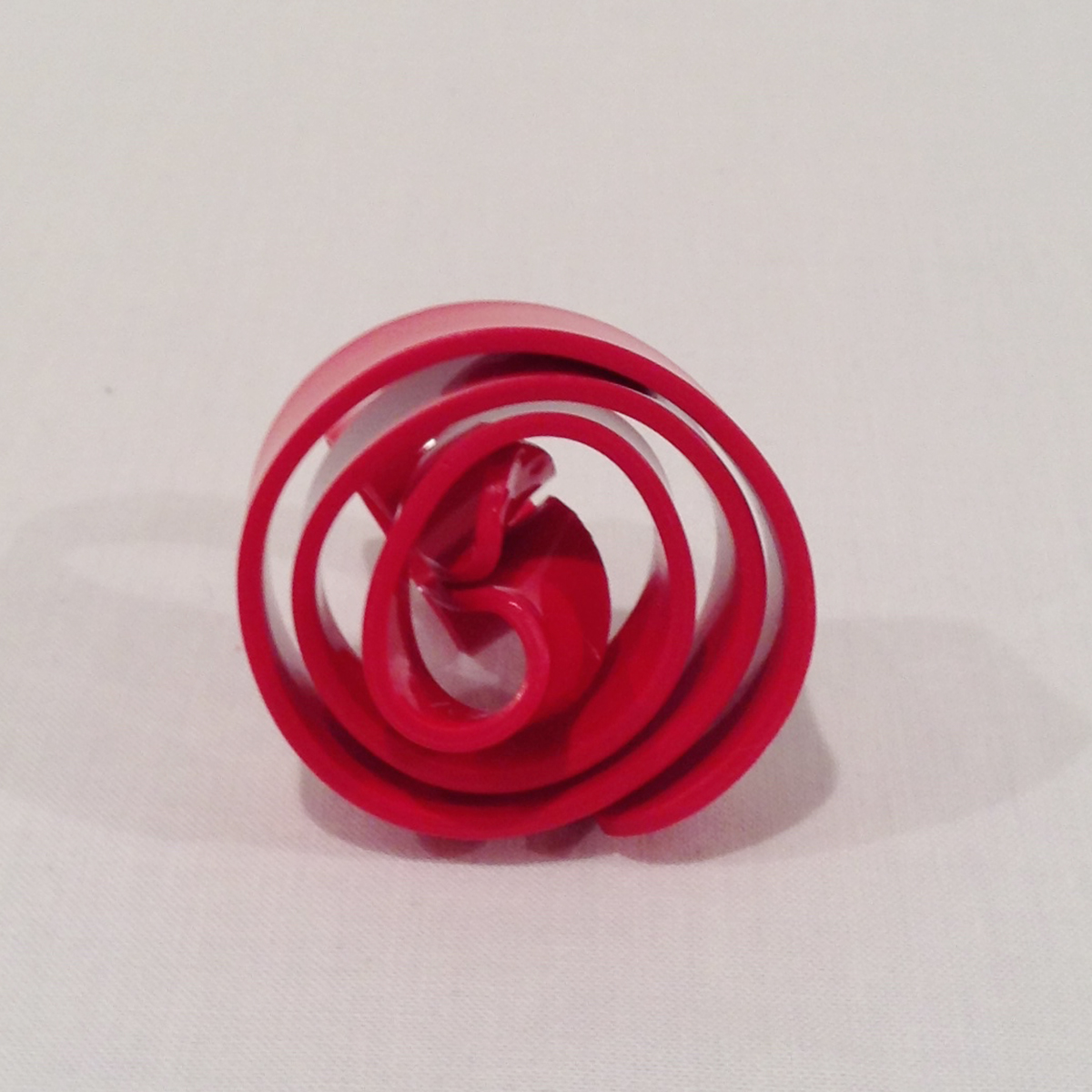 Lolaspiral ring